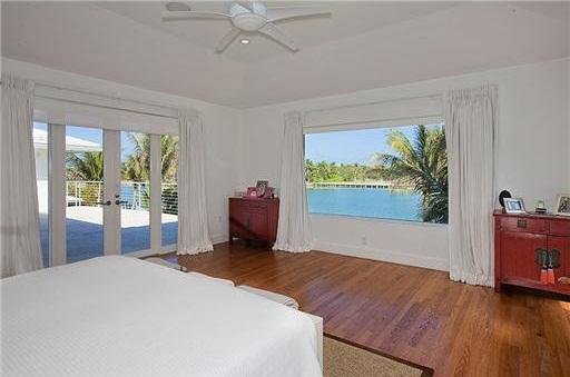 0404et2 Liz Taylor's Former Miami Beach House (PHOTOS)