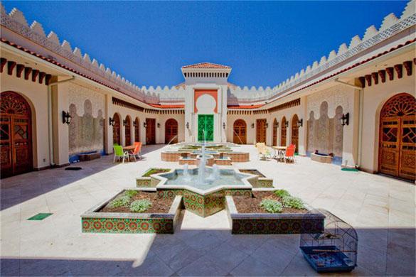 0706texas2 Moroccan Style Manse in Texas (PHOTOS)