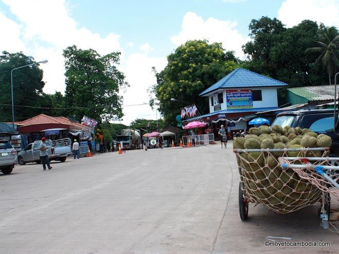cham yeam border crossing