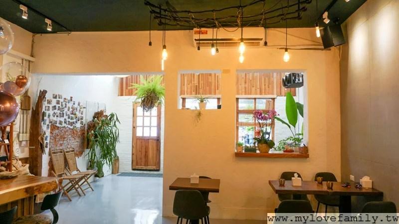 【巷弄內鄉村風早午餐咖啡館】桃園藝文特區咖啡館 下午茶 冰滴咖啡 手沖咖啡-ALICE一家樂遊遊