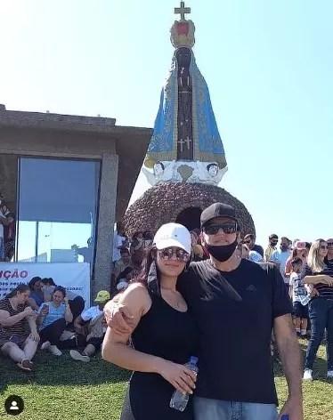 Airton e a esposa Renata da Rosa – Foto: Redes Sociais/Reprodução/ND