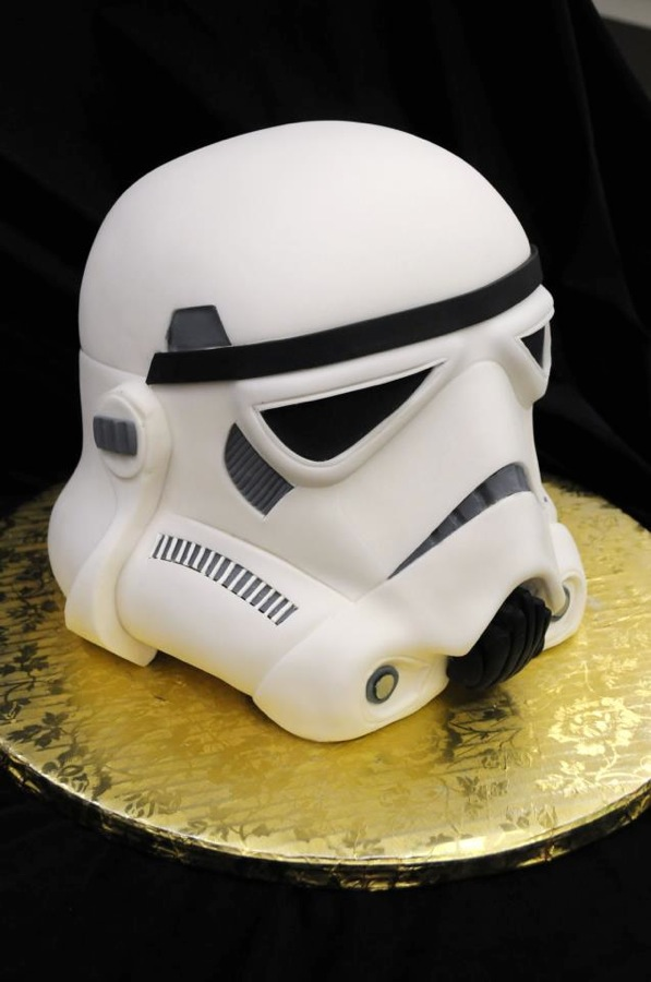 Storm Trooper Cake Neatorama