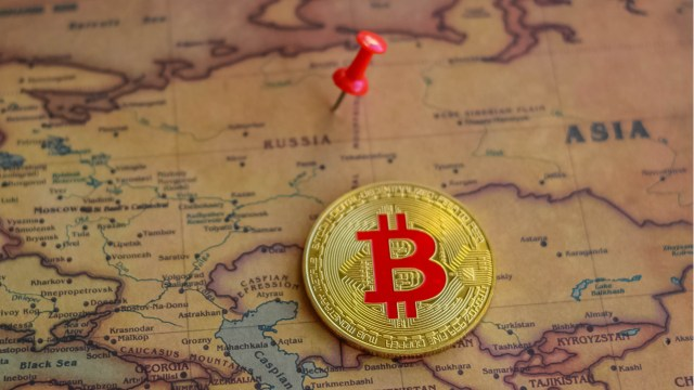 As Kazakhstan surpasses Russia in mining volume, the Russian crypto industry is vying to attract miners