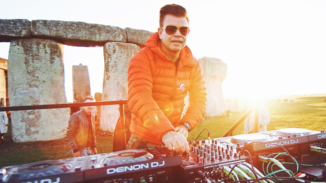 World-Famous DJs Paul Oakenfold, Carl Cox, Paul Val Dyk Spin and Crossfade Into the NFT Universe
