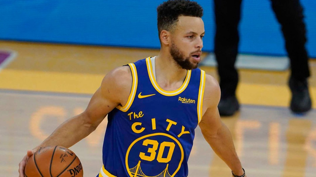 Golden State Warriors Point Guard Stephen Curry Asks for Advice About Cryptocurrencies