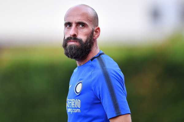 Borja Valero training Inter zimbio