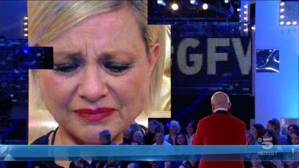 """Antonella Elia, mea culpa al GF Vip """"Spargo uragani"""", poi incontra Pietro"""