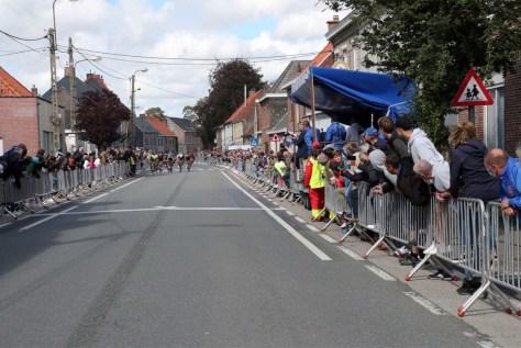 """Sep Vanmarcke vence corrida de treino em Outrijve: """"Vencer é sempre divertido, mas depois deste fim de semana você percebe que somos apenas pessoas comuns"""""""