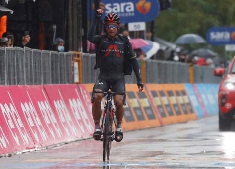RESULTADO ESTÁGIO 12 GIRO.  O equatoriano Jhonatan Narvaez dá a vitória da terceira etapa da Ineos, Victor Campenaerts no vôo do dia