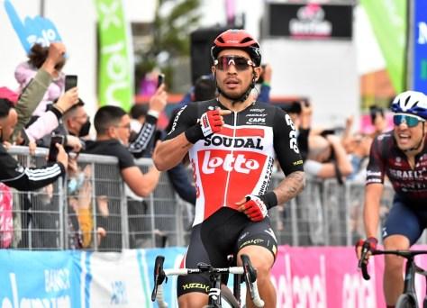 RESULTADO ESTÁGIO 7 GIRO.  Caleb Ewan novamente corre para a vitória em uma corrida traiçoeira no Giro, Tim Merlier fica em terceiro lugar