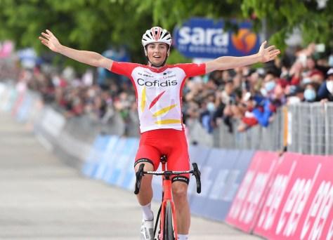 RESULTADO ESTÁGIO 8 GIRO.  Victor Campenaerts se mostra, mas deve deixar a vitória da etapa para Victor Lafay, Remco Evenepoel não leva rosa