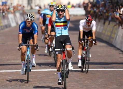 Ouro para Thibau Nys!  Belga com apenas 18 anos conquista o título europeu após corrida fantástica
