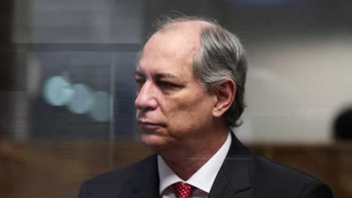 Resultado de imagem para Ajudei Lula e agora vejo crescer responsabilidade nas costas, diz Ciro