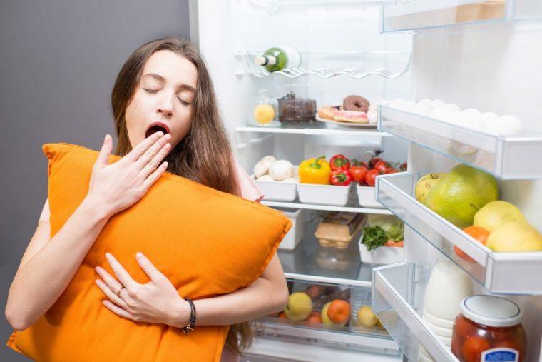 Mangiare di notte fa bene?   Ohga!