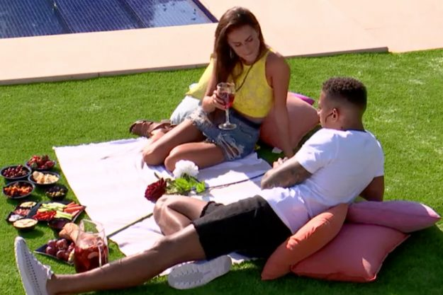 Love Island: Simon Searles takes Amber Davies on a date in the villa but annoys ITV2 viewers