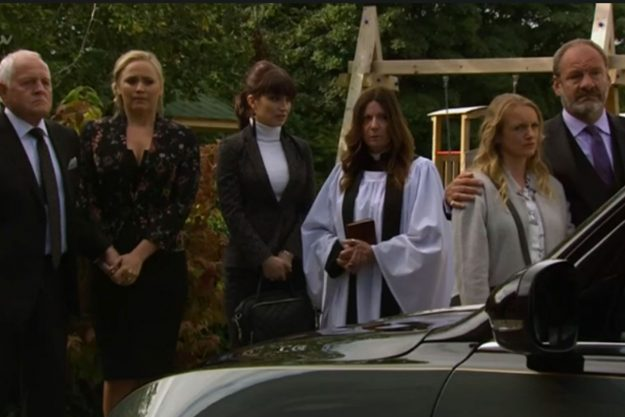 Emmerdale: Viewers slam DISGUSTING and DISRESPECTFUL police after they interrupt Finn Barton's funeral