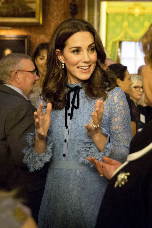 Kate Middleton pregnancy hair at Support World Mental Health Day