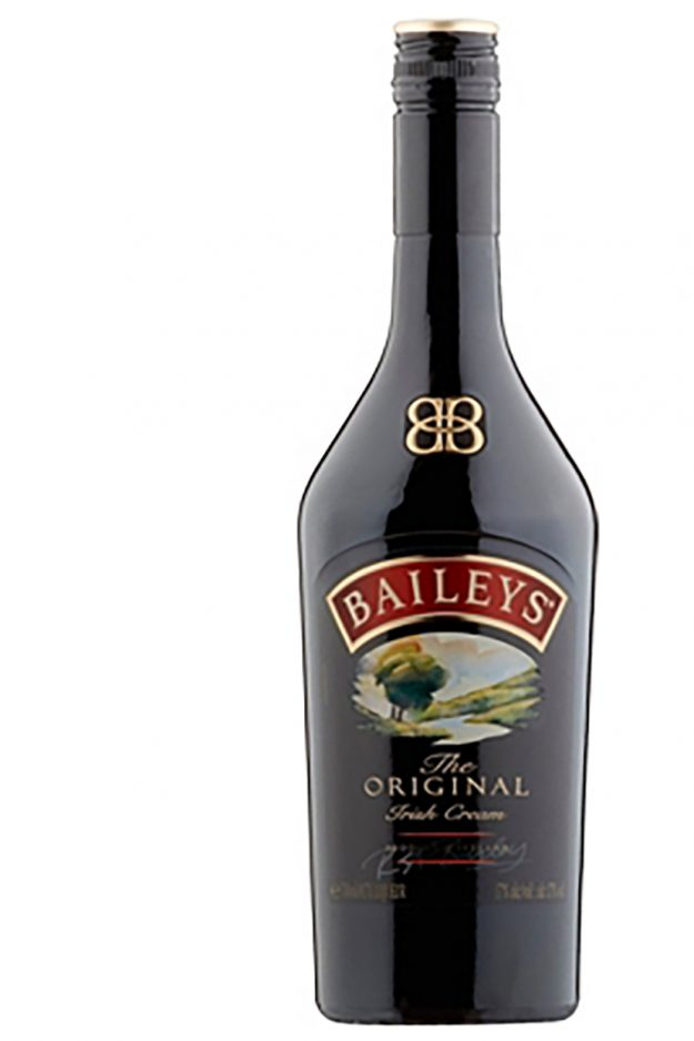 Baileys' lovers, we've found the perfect second job for you to take up this Christmas