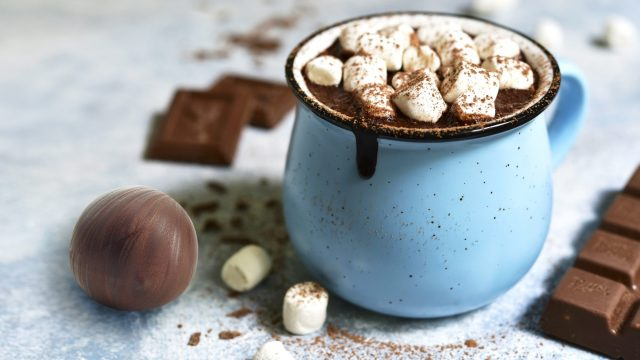 How to Make Homemade Hot Chocolate Bombs for the Most Decadent Drink Ever