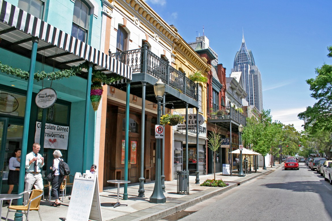 8 Things to Do in Mobile Alabama | Southern Living