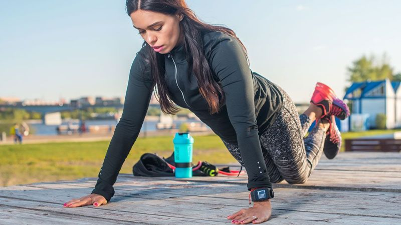 This Beginner Bodyweight Workout Video Will Help You Build