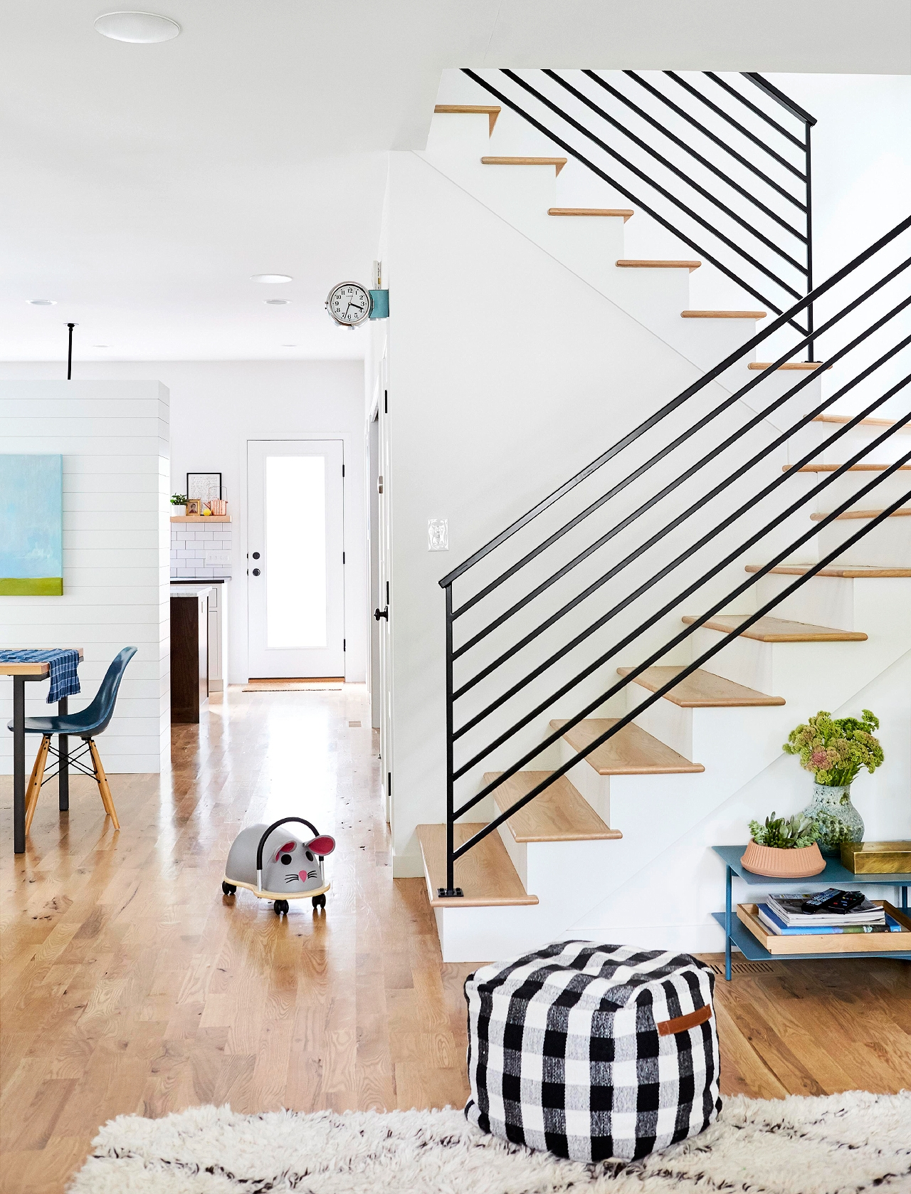 Stairway Railing Ideas Better Homes Gardens | Internal Staircase Railing Designs