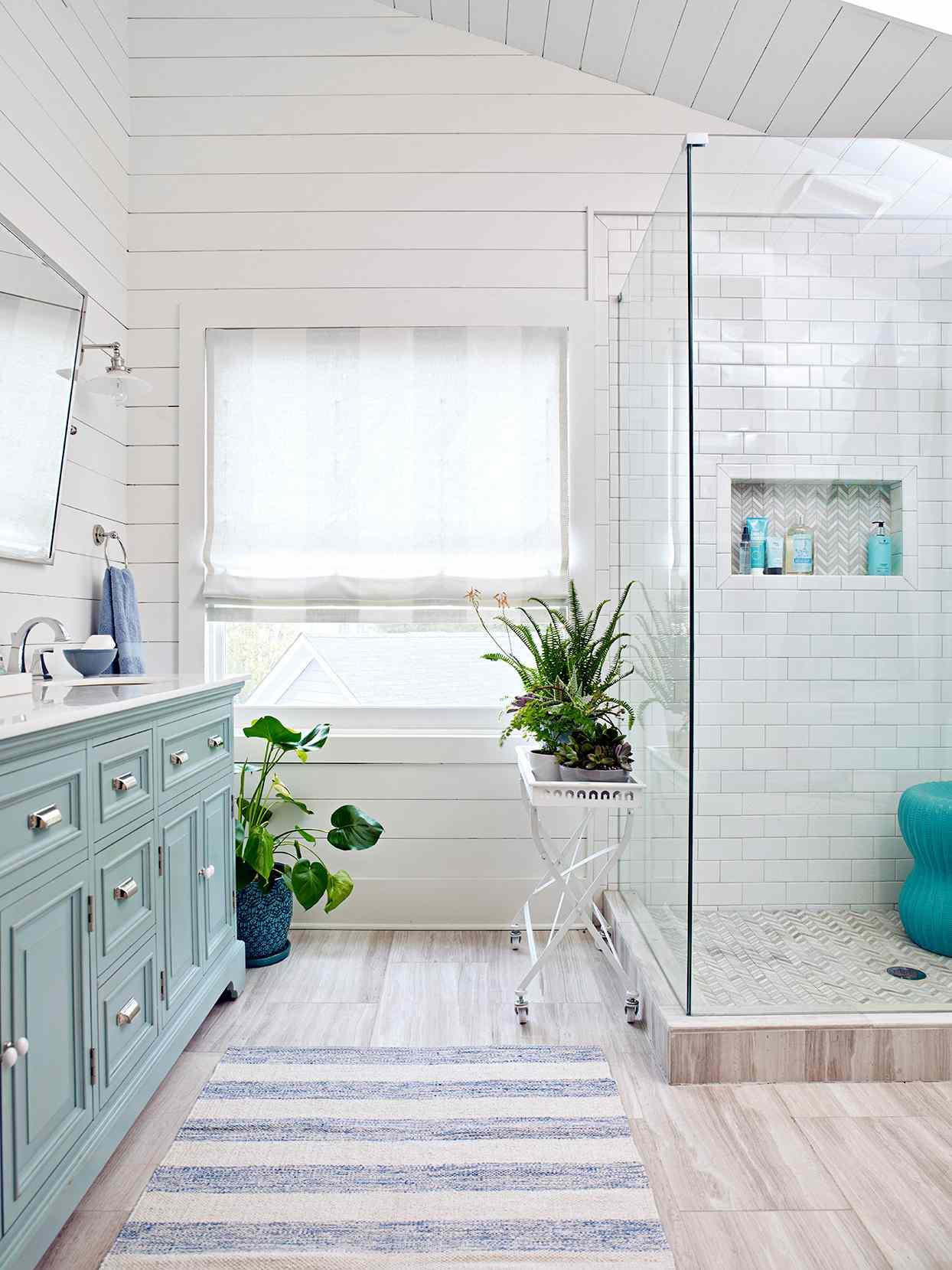 20 bathroom window treatment ideas to