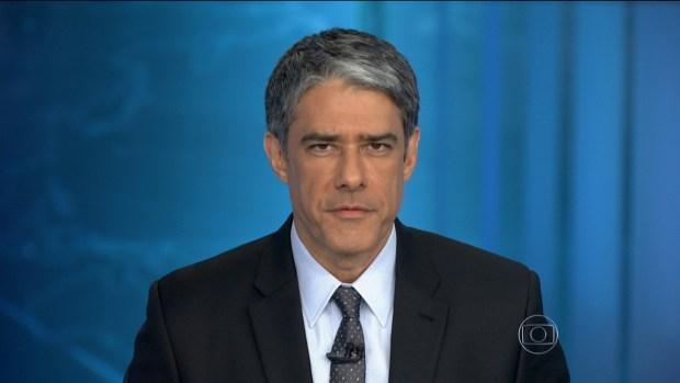 """William Bonner no """"JN"""" da última sexta-feira, dia 04 (Foto: Reprodução/Globo)"""