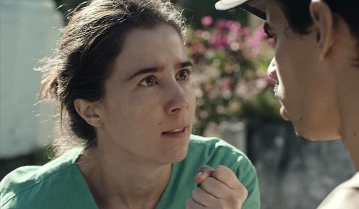 Marjorie Estiano em cena da série Sob Pressão, da Globo. (Foto: Reprodução)