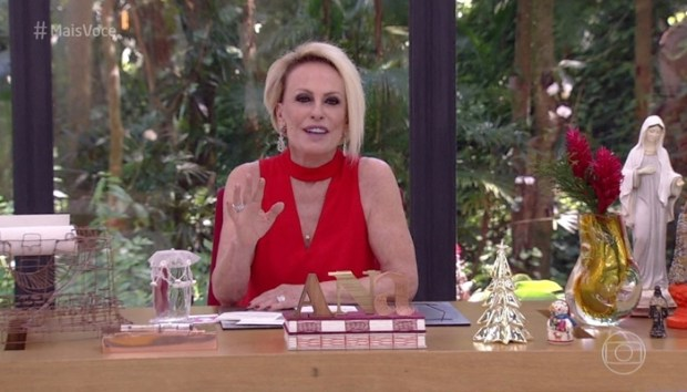 Ana Maria Braga no Mais Você de Natal (Foto: Reprodução/Globo)