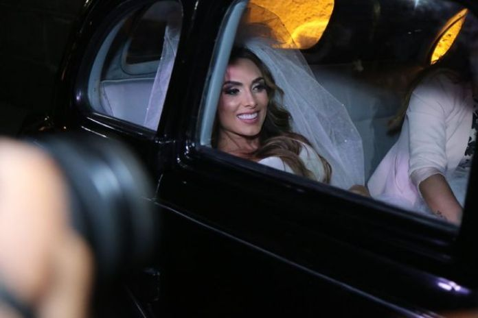 Casamento de Nicole Bahls e Marcelo Bimbi (Foto: Divulgação R7)