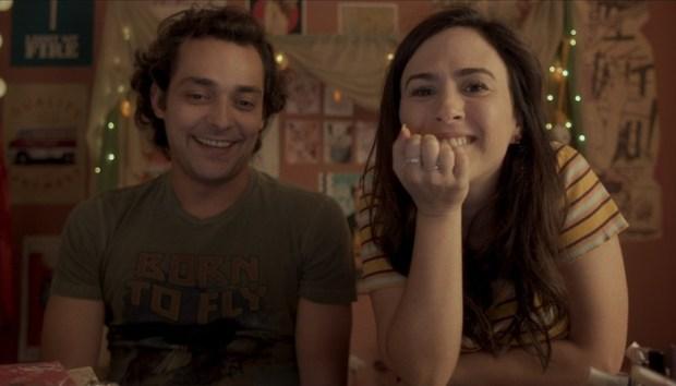Eduardo Sterblitch e Tatá Werneck, protagonistas da série Shippados (Foto: Reprodução/Globo)