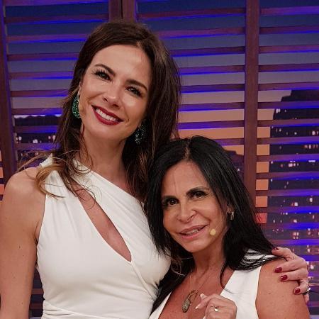 Luciana Gimenez e Gretchen no Luciana By Night (Foto: Divulgação/RedeTV!)