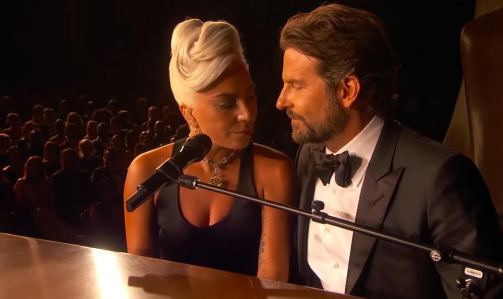 Lady Gaga e Bradley Cooper na música Shallow em Nasce Uma Estrela (Foto: Divulgação)