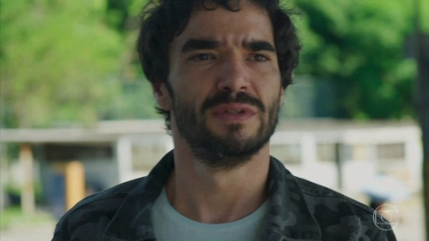 Caio Blat em cena na Globo de O Sétimo Guardião