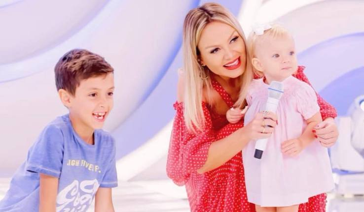 Eliana, Manu e Arthur (Foto: Reprodução/Instagram)
