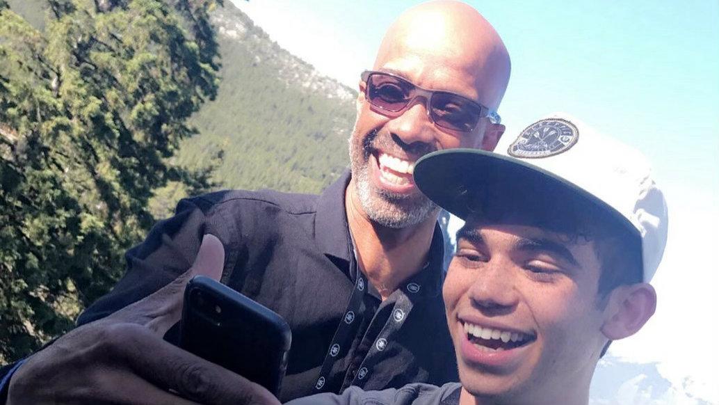 Ator Cameron Boyce e seu pai Victor Boyce (Foto: Reprodução)
