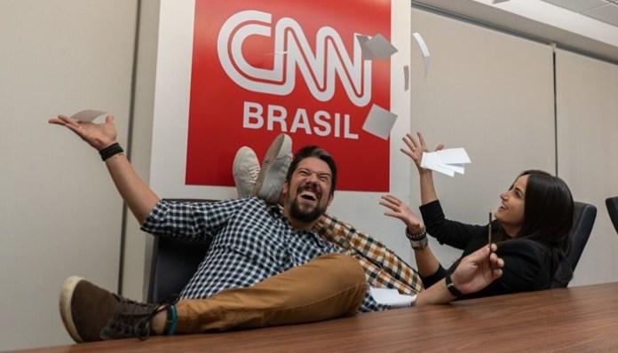 Phelipe Siani , casal ex-Globo, comemora contratação na CNN Brasil (Foto: Divulgação/CNN Brasil)