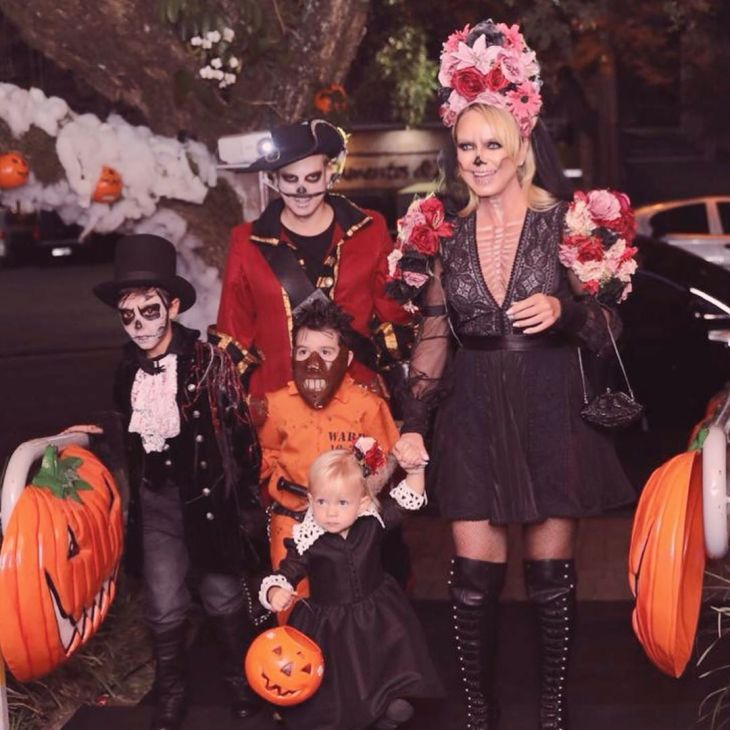 """Eliana, Arthur e Manoela em festa com a temática """"Dia dos Mortos"""" (Foto: Reprodução/Instagram)"""