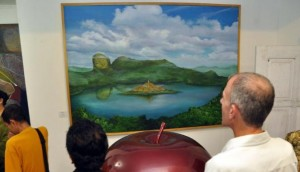lukisan candi borobudur ditengah danau