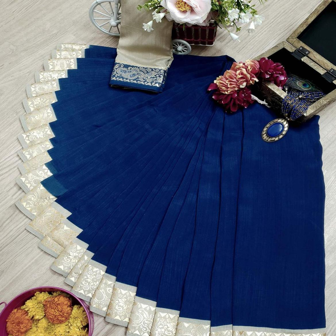Exceptional Navy Blue Colored Festive Wear Woven Soft Vichitra Silk Saree