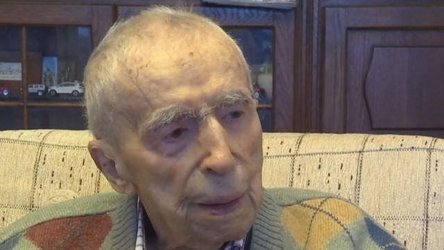 Dumitru Comânescu, al treilea cel mai bătrân bărbat de pe Planetă