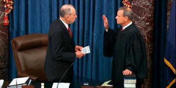Chief Justice John Roberts swears in for Trump impeachment trial