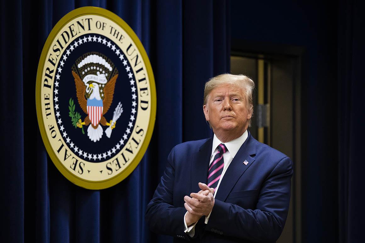 Pelosi invites Trump to deliver State of the Union on Feb. 4