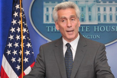 Jared Bernstein speaks to reporters at the White House in 2009