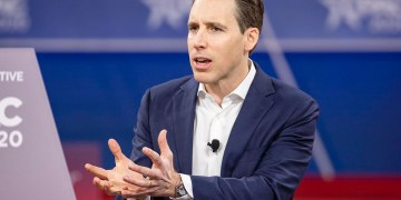 Josh Hawley sets up potential clash in GOP with coronavirus push