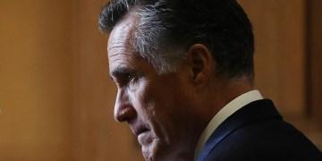 Mitt makes his move