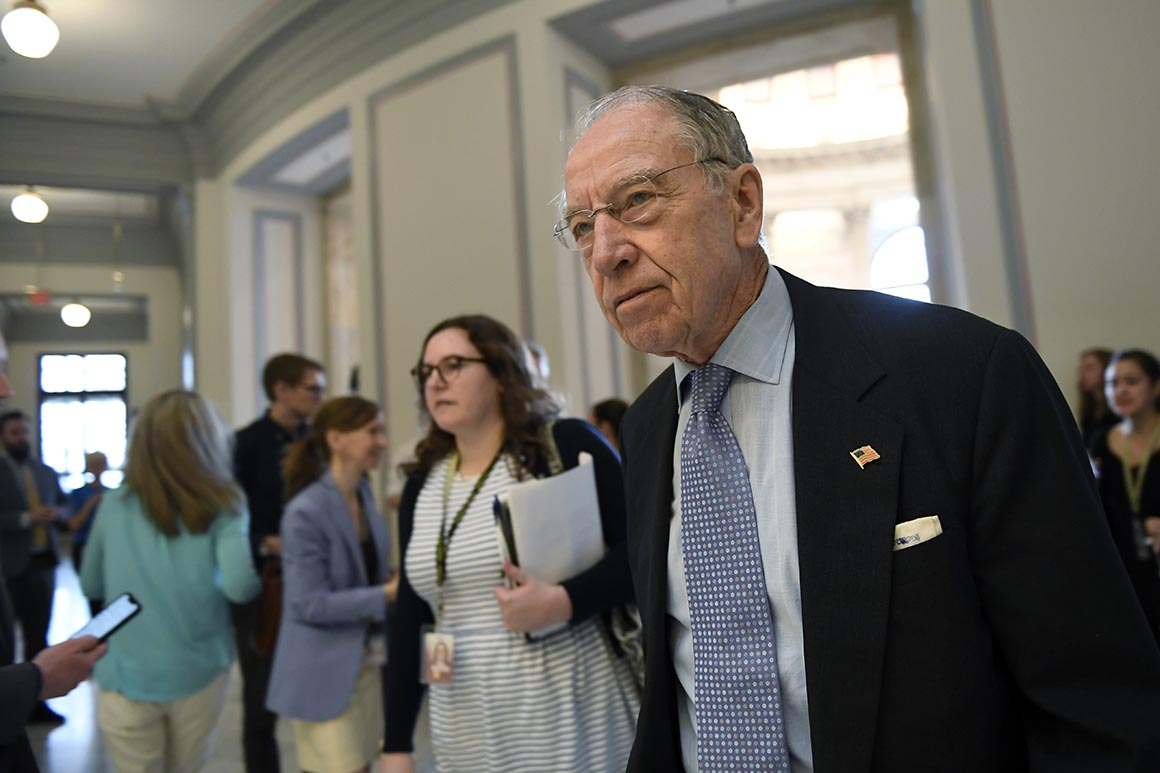 Grassley says White House 'failed' on watchdog firings