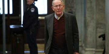 Trump's trial may hinge on Lamar Alexander