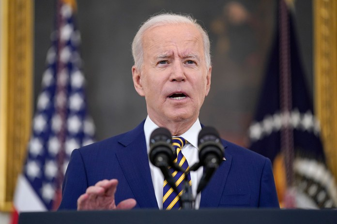 Biden issues a Covid warning to less vaccinated communities